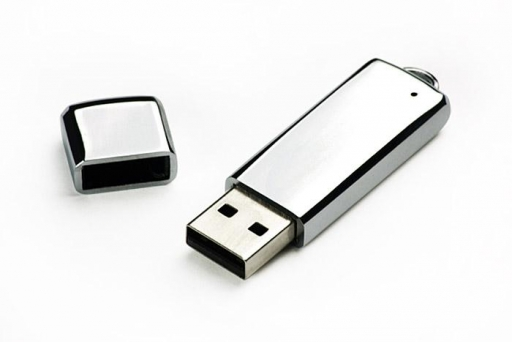 Metalowy pendrive 8GB – 44026 – GRAWER GRATIS